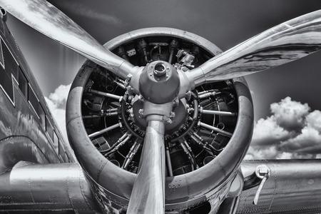 Radiale motor van een vliegtuig. Detailopname. Zwart en wit. Stockfoto