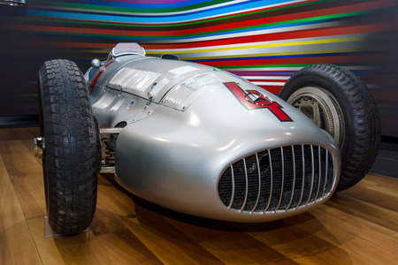 prix: BERLIN - NOVEMBER 03, 2013: Showroom. Grand Prix racing car Mercedes-Benz W154 Silver Arrows. Editorial