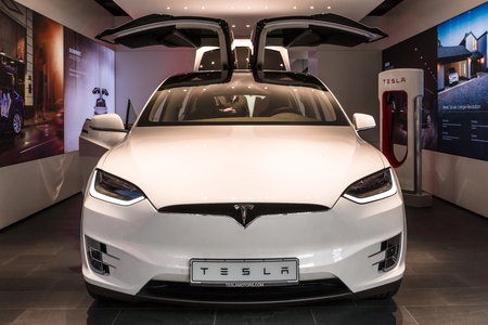 BERLIN - NOVEMBER 09, 2016: Showroom. The full-sized, all-electric, luxury, crossover SUV Tesla Model X. Produced since 2016. Editoriali