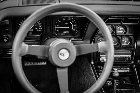 corvette: PAAREN IM GLIEN, GERMANY - JUNE 03, 2017: Interior of the sports car Chevrolet Corvette (C3), 1982. Black and white. Focus on the background. Exhibition Die Oldtimer Show. Editorial