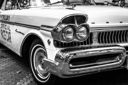 turnpike: BERLIN - JUNE 17, 2017: Fragment of the full-size car Ford Mercury Turnpike Cruiser, 1957. Black and white. Classic Days Berlin 2017. Editorial