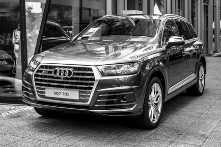 crossover: BERLIN - JUNE 17, 2017: Full-size luxury crossover SUV Audi SQ7 TDI, produced since 2016. Black and white. Classic Days Berlin 2017. Editorial