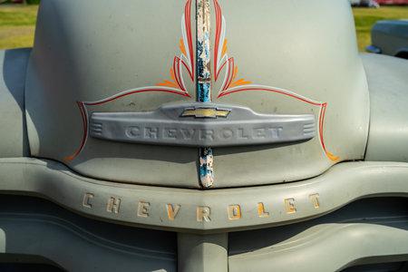PAAREN IM GLIEN, GERMANY - MAY 19, 2018: Emblem of the pickup truck Chevrolet Advance Design C3100, 1949. Die Oldtimer Show 2018.