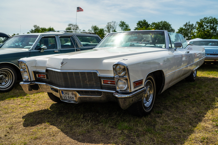PAAREN IM GLIEN, GERMANY - MAY 19, 2018: Full-size luxury car Cadillac de Ville convertible (third generation), 1968. Die Oldtimer Show 2018.