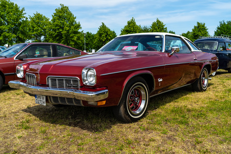 PAAREN IM GLIEN, GERMANY - MAY 19, 2018: Mid-size car Oldsmobile Cutlass S, 1973. Die Oldtimer Show 2018.