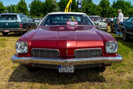 PAAREN IM GLIEN, GERMANY - MAY 19, 2018: Mid-size car Oldsmobile Cutlass S, 1973. Die Oldtimer Show 2018.