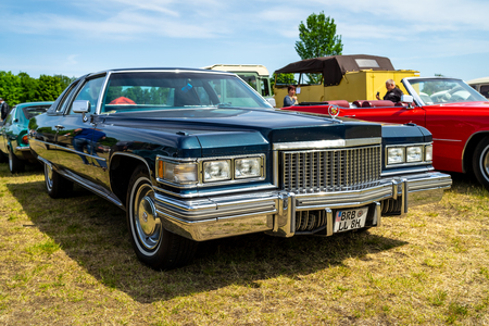 PAAREN IM GLIEN, GERMANY - MAY 19, 2018: Full-size luxury car Cadillac Coupe de Ville (fourth generation), 1974. Die Oldtimer Show 2018.