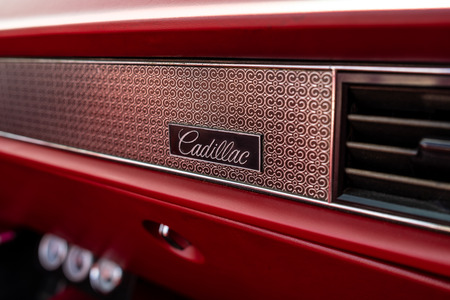 PAAREN IM GLIEN, GERMANY - MAY 19, 2018: Emblem of the full-size luxury car Cadillac de Ville convertible (third generation), 1970. Die Oldtimer Show 2018.