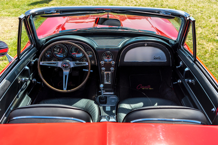 PAAREN IM GLIEN, GERMANY - MAY 19, 2018: Interior of a sports car Chevrolet Corvette Sting Ray (C2). Die Oldtimer Show 2018.