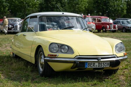 PAAREN IM GLIEN, GERMANY - JUNE 08, 2019: Executive car Citroen DS. Die Oldtimer Show 2019.