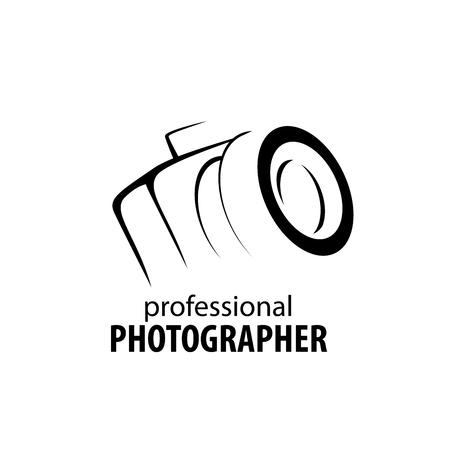 logo caméra dans les mains du photographe Logo