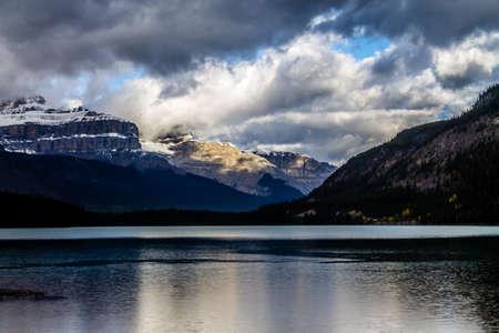 Waterfowl Lakes, Banff National Park, Alberta, Canada Фото со стока