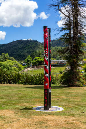 rivers, flow through the town, war memorials show the lives sacrificed and the Maori presence is everywhere Stok Fotoğraf