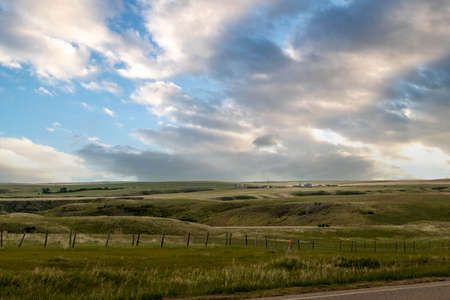 Farm land and buildings in the area Carbon Alberta Canada Banque d'images