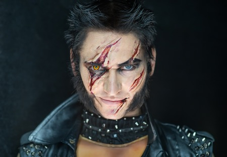 avenger: Maquillaje profesional Wolverine hombre lobo