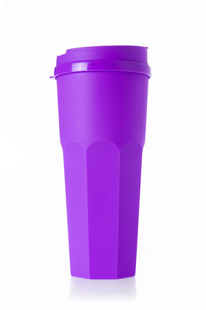 insulated drink container: Purple plastic tumbler with cover isolated on white background.