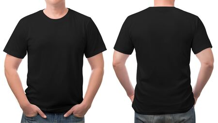 Close up t-shirt nera in cotone modello uomo isolato su sfondo bianco. Archivio Fotografico