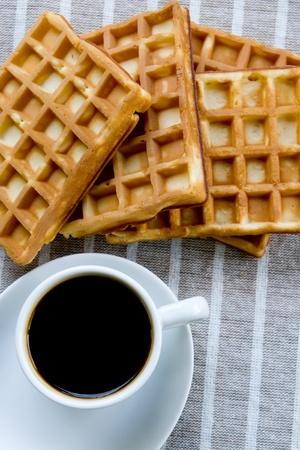 wafels met een kopje koffie