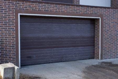 puerta marrón cerrada Foto de archivo