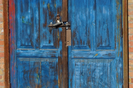 wooden planks and padlock