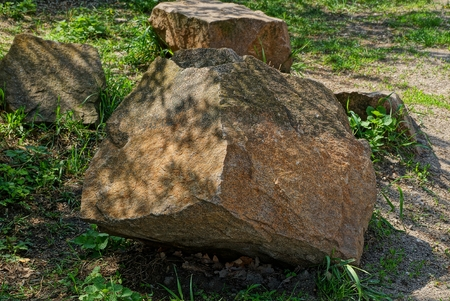 brown brown stones in the park
