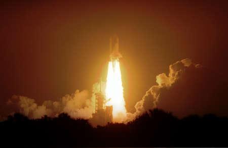 The nightlaunch of Space Shuttle Atlantis