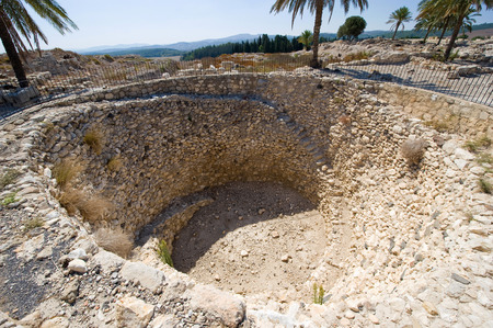 israelite: The public granary of Megiddo is 7 meters deep and 11 meters in diameter Stock Photo