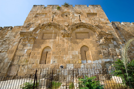temple mount: The Golden Gate on the east-side of the Temple mount of Jerusalem