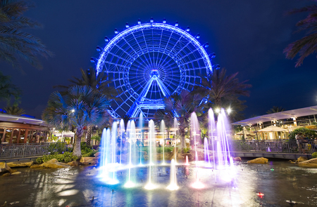 the east coast: ORLANDO, FLORIDA, USA - APRIL 30, 2016: The Orlando Eye is a 400 feet tall ferris wheel in the heart of Orlando and the largest observation wheel on the east coast Editorial