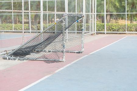 Oro de futsal, Futsal es una variante del fútbol de asociación jugado en un campo más pequeño y principalmente en el interior. Foto de archivo - 84329541