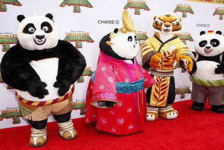 tigresa: Po, Mei Mei, Tigresa y Bao en la premier de Los �ngeles de 'Kung Fu Panda 3' celebrado en el teatro chino TCL en Hollywood, EE.UU. el 16 de enero de 2016. Editorial