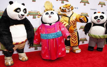 tigresa: Po, Mei Mei, Tigresa y Bao en la premier de Los Ángeles de 'Kung Fu Panda 3' celebrado en el teatro chino TCL en Hollywood, EE.UU. el 16 de enero de 2016. Editorial