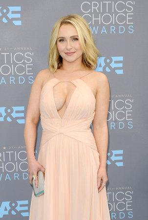 critics: Hayden Panettiere at the 21st Annual Critics Choice Awards held at the Barker Hangar in Santa Monica, USA on January 17, 2016.