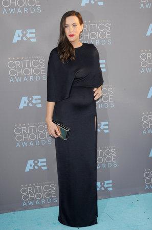 barker: Liv Tyler at the 21st Annual Critics Choice Awards held at the Barker Hangar in Santa Monica, USA on January 17, 2016.