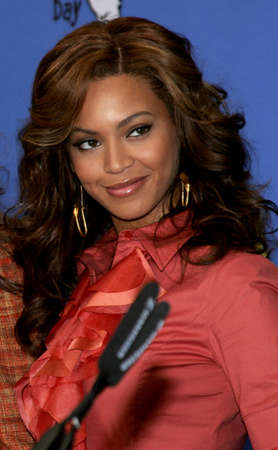 LOS ANGELES, CA - NOVEMBER 15, 2005: Beyonce Knowles at the 2005 World Childrens Day at the Ronald McDonald House in Los Angeles, USA on November 15, 2005. Redakční