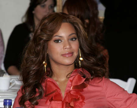 LOS ANGELES, CA - NOVEMBER 15, 2005: Beyonce Knowles at the 2005 World Childrens Day at the Ronald McDonald House in Los Angeles, USA on November 15, 2005. Editorial