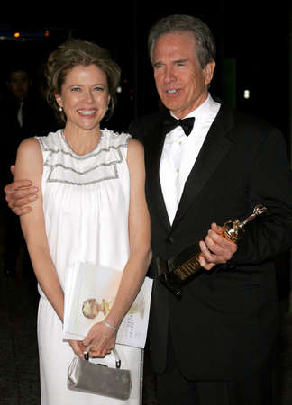 warren: Annette Bening and Warren Beatty attend the 2007 Paramount Pictures Golden Globe Award After-Party held at the Beverly Hilton Hotel in Beverly Hills, California, on January 15, 2007.