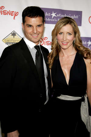 starlight: Heather Mills and Jonathan Roberts attend the 2007 Starlight Starbright Children Foundation Gala held at the Beverly Hilton Hotel in Beverly Hills, California on March 23, 2007.