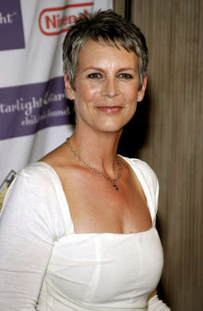curtis: Jamie Lee Curtis attends the 2007 Starlight Starbright Children Foundation Gala held at the Beverly Hilton Hotel in Beverly Hills, California on March 23, 2007.
