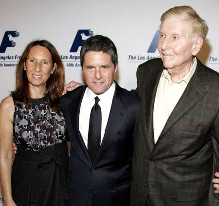redstone: BEVERLY HILLS, CA - NOVEMBER 20, 2006: Brad Grey and Sumner Redstone at the 2006 Los Angeles Free Clinic Annual Dinner Gala held at the Beverly Hilton Hotel in Beverly Hills, USA on November 20, 2006.
