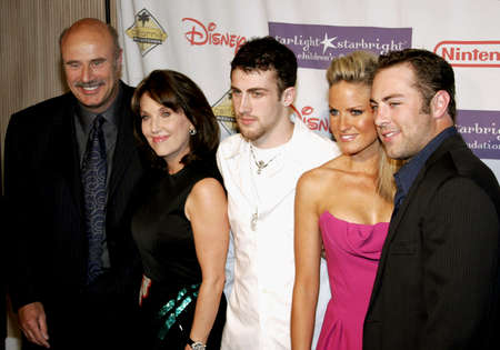 starlight: Dr. Phil McGraw, Robin McGraw, Jordan McGraw, Erica Dahm and Jay McGraw attend the 2007 Starlight Starbright Children Foundation Gala held at the Beverly Hilton Hotel in Beverly Hills, California on March 23, 2007.