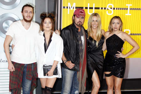 cyrus: LOS ANGELES, CA - AUGUST 30, 2015: Braison Cyrus, Tish Cyrus, Noah Cyrus, Billy Ray Cyrus and Brandi Glenn Cyrus at the 2015 MTV Video Music Awards held at the Microsoft Theater in Los Angeles, USA on August 30, 2015.