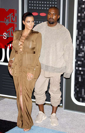 LOS ANGELES, CA - AUGUST 30, 2015: Kanye West and Kim Kardashian at the 2015 MTV Video Music Awards held at the Microsoft Theater in Los Angeles, USA on August 30, 2015. 報道画像