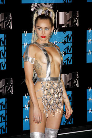 cyrus: LOS ANGELES, CA - AUGUST 30, 2015: Miley Cyrus at the 2015 MTV Video Music Awards held at the Microsoft Theater in Los Angeles, USA on August 30, 2015.