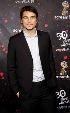 premieres: Josh Hartnett attends the Los Angeles Premiere of 30 Days of Night held at the Graumans Chinese Theater in Hollywood, California, United States on October 16, 2007.