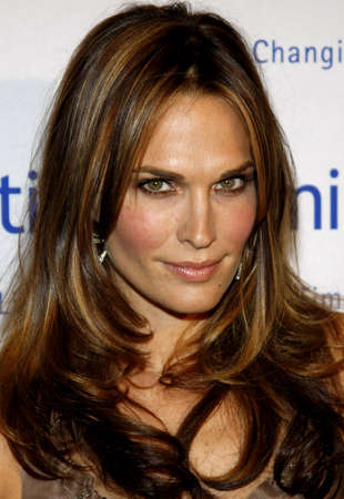 molly: Molly Sims at the Operation Smile 25th Anniversary Gala held at the Beverly Hilton in Beverly Hills, USA on October 5, 2007. Editorial