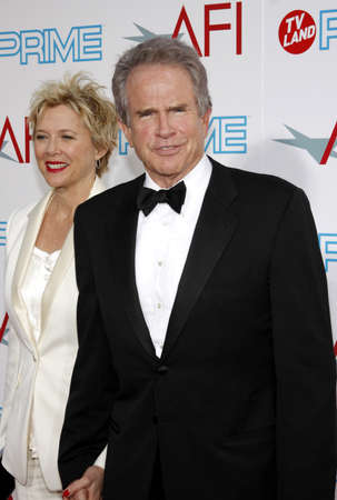 warren: Annette Bening and Warren Beatty at the 37th AFI Lifetime Achievement Award: A Tribute to Michael Douglas held at the Sony Pictures Studios in Culver City on June 11, 2009.