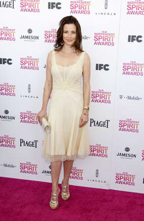 linda: Linda Cardellini at the 2013 Film Independent Spirit Awards held at the Santa Monica Beach in Los Angeles, United States, 230213. Editorial