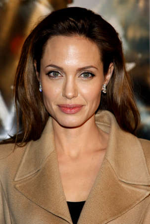 angelina jolie: Angelina Jolie at the Los Angeles Premiere of Beowulf held at the Westwood Village Theater in Westwood, California, United States on November 5, 2007. Editorial