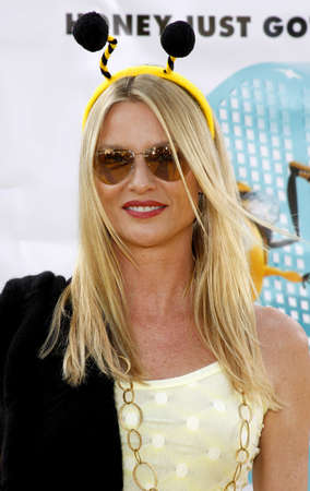 mann: Nicollette Sheridan at the Los Angeles premiere of Bee held at the Mann Bruin Theater in Westwood on October 28, 2007.